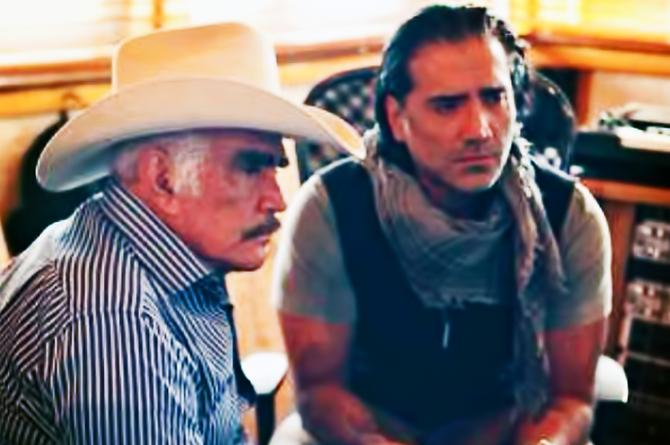 Vicente Fernández amenaza con anexar al 'Potrillo'