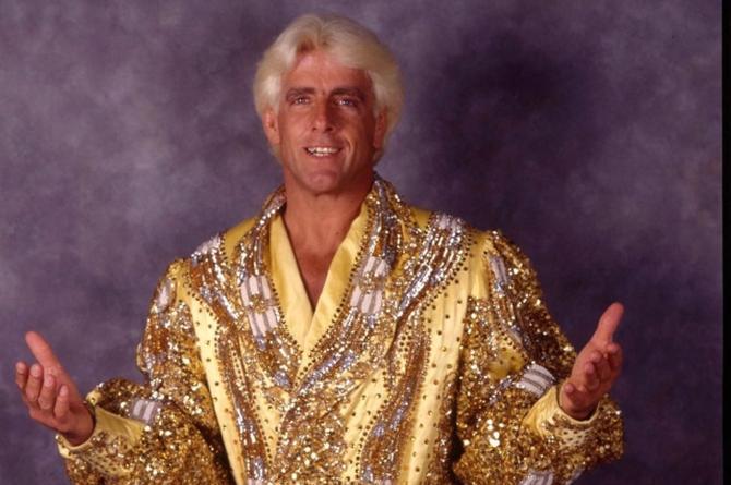 Ex luchador de la WWE fue hospitalizado de emergencia