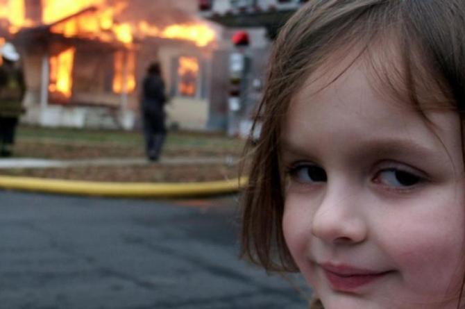 Ex pareja amenaza y quema la casa tras 'sacar lo peor de sus demonios' #FOTO