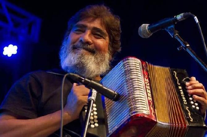 Muere el músico Celso Piña