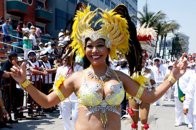 ¡Vámonos de rumba! Lunes y martes de Carnaval no habrá clases en Veracruz