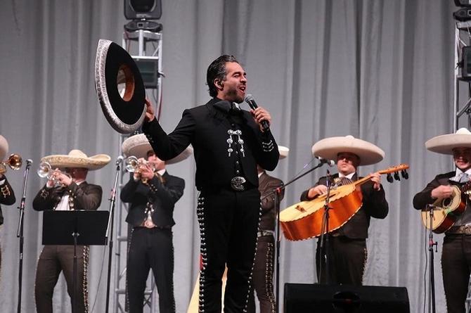Omar Chaparro estrena versión de la canción 'De qué me sirve el Cielo' (+video)