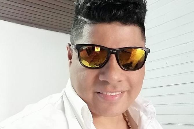 El colombiano Rolan Robles busca un lugar en el vallenato (+video)