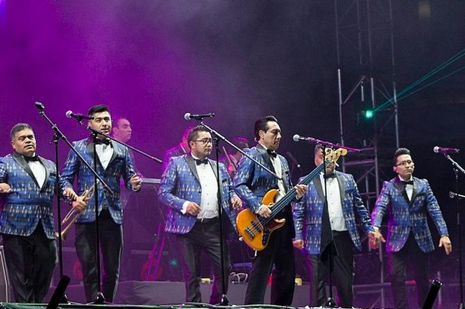 Se va el vocalista de los Ángeles Azules (+foto)