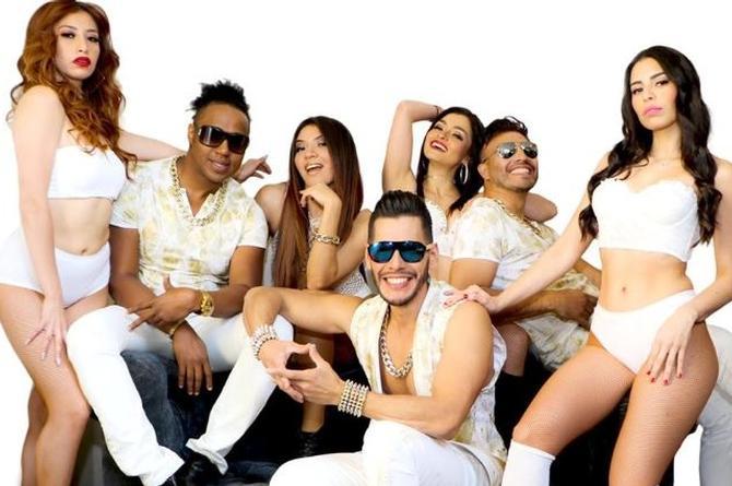 Alex Mont y Merengossa refrescan 'Technocumbia' de Selena (+video)