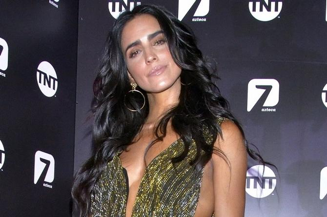 Bárbara de Regil se va de TV Azteca