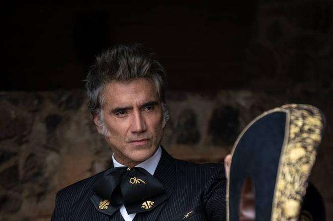 Alejandro Fernández recibirá premio Ícono en la gala de los Latin American Music Award