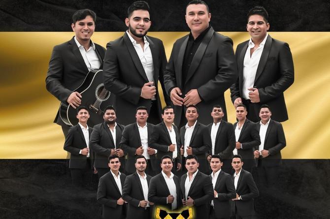 'Alisten motores' con Banda Selectiva de Ángel Romero