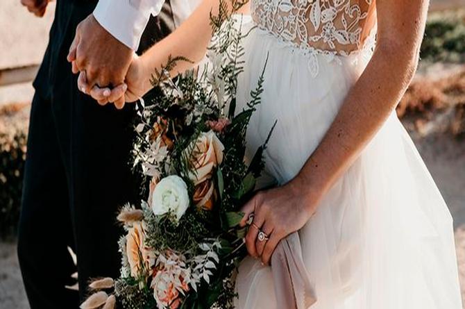 Novia muere en plena boda: su hermana se casa con el novio