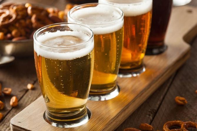 La cerveza disminuiría el riesgo de enfermedades cardiovasculares, revela estudio